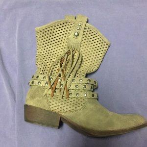 Fringe Western Boots